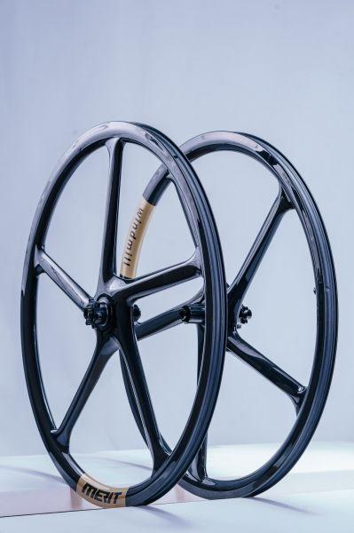 Tour du Web Merit Wheels