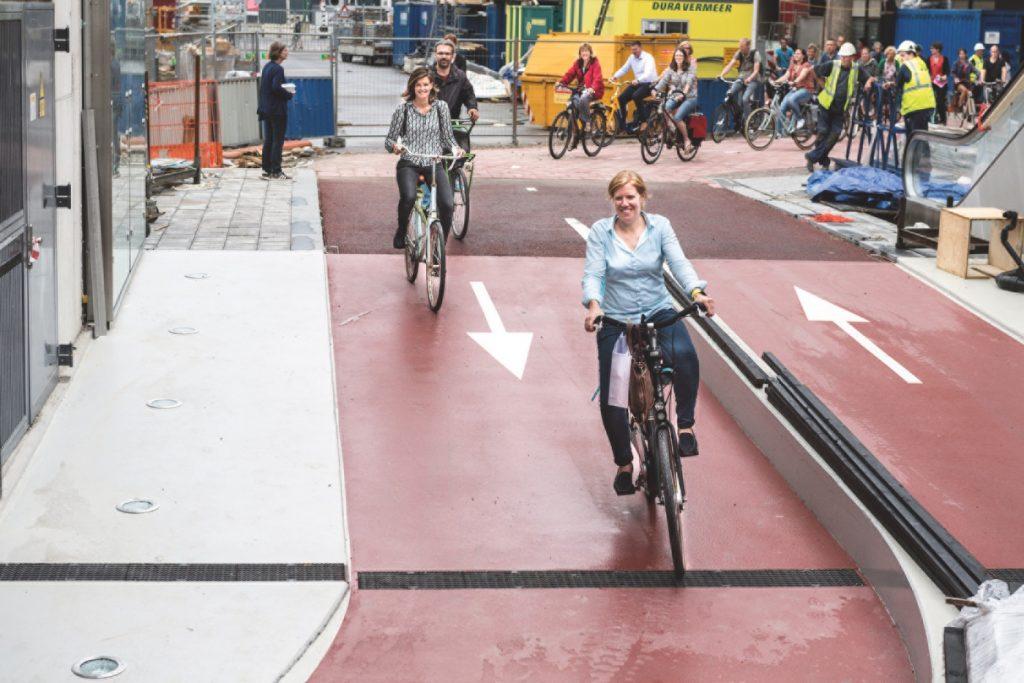 Infrastructures monde Utrecht_stationnement